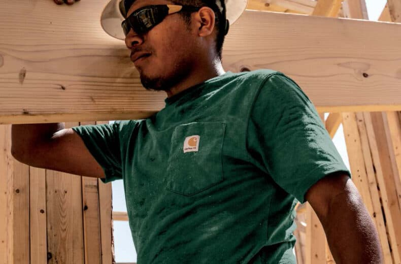 carhartt-construction-branded-t-shirt