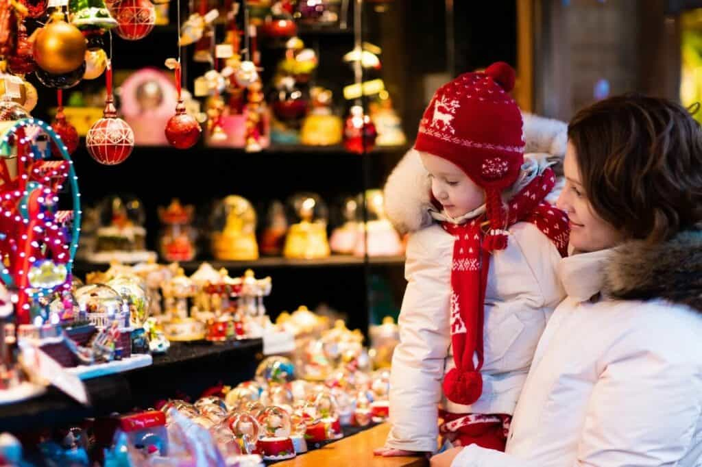 Festive decorations in your store attract holiday customers